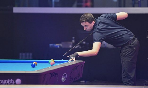 GORST FIGHTS BACK TO GET WORLD POOL CHAMPIONSHIP DEFENCE OFF TO WINNING START